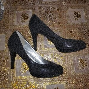 High heels size 7.5 animal print black